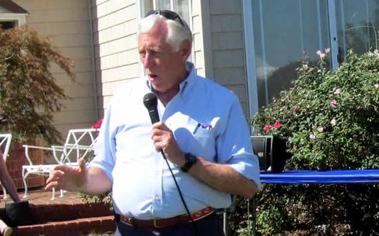 Steny Hoyer speaks at  fundraiser